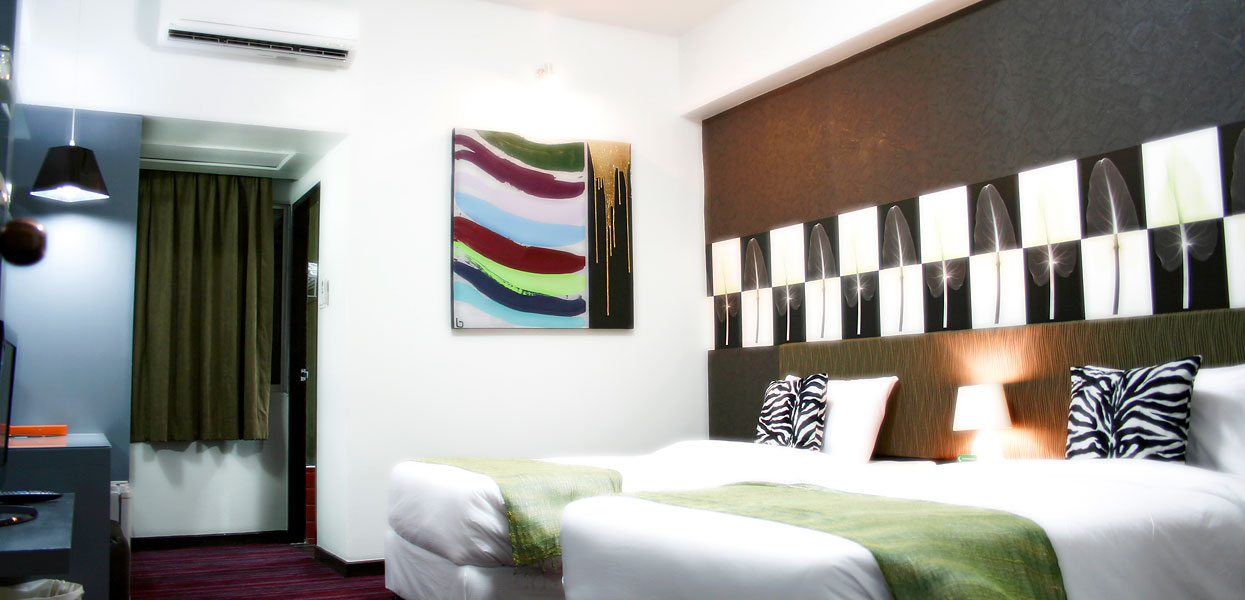 Boutique suite room baiyoke boutique hotel bangkok for Boutique hotel 6 rooms